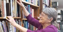 Volunteer Spotlight on Karen Monson